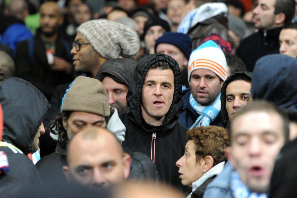 Joey BARTON avec les supporters de Marseille Arsenal v Marseille - Champions League  - Emirates Stadium - London - 26/11/2013  - Pic David Klein/Sportimage
