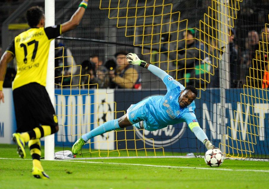 Goal Marco_Reus sur une erreur de  Steve Mandanda / Pierre Emmerick Aubameyang