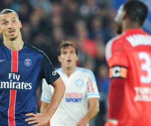Zlatan Ibrahimovic / Steve Mandanda - 04.10.2015 - PSG / Marseille - 9eme journee de Ligue 1 Photo : Andre Ferreira / Icon Sport