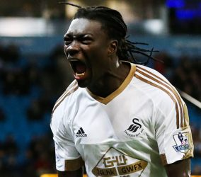 Joie Bafetimbi Gomis - 12.12.2015 - Manchester City / Swansea - 16eme journee de Premier League Photo : Paul Greenwood / BPI / Icon Sport  *** Local Caption ***