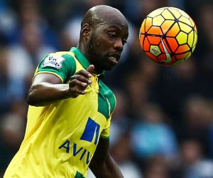 Youssuf Mulumbu - 31.10.2015 - Manchester City / Norwich - 11eme journee de Premier League Photo : Matt West / BPI / Icon Sport