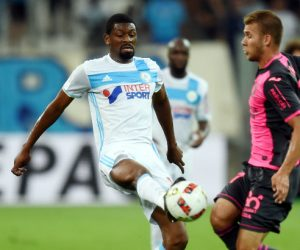 Abou Diaby of Marseille and Alexis Blin of Toulouse during the football Ligue 1 match between Olympique de Marseille and Toulouse Fc at Stade Velodrome on August 13, 2016 in Marseille, France. (Photo by Alexandre Dimou/Icon Sport)