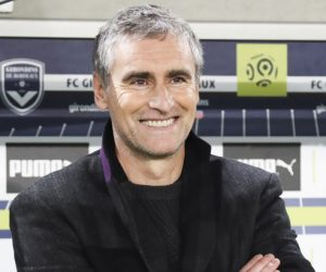Head coach Olivier Dall Oglio of Dijon during the French Ligue 1 match between Bordeaux and Dijon at Stade Matmut Atlantique on November 26, 2016 in Bordeaux, France. (Photo by Manuel Blondeau/Icon Sport)