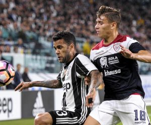 September 21, 2016 - Turin, Turin, Italy - Dani Alves (left) and Nicola Barella of Cagliari Calcio fight for the ball during the Serie A football match between Juventus FC and Cagliari Calcio..Juventus FC wins 4-0 over Cagliari Calcio Photo : Visual / Icon Sport