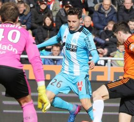 Florian Thauvin of Marseille and Vincent Le Goff of Lorient during the French Ligue 1 match between Lorient and Marseille at Stade du Moustoir on March 5, 2017 in Lorient, France. (Photo by Eddy Lemaistre/Icon Sport)
